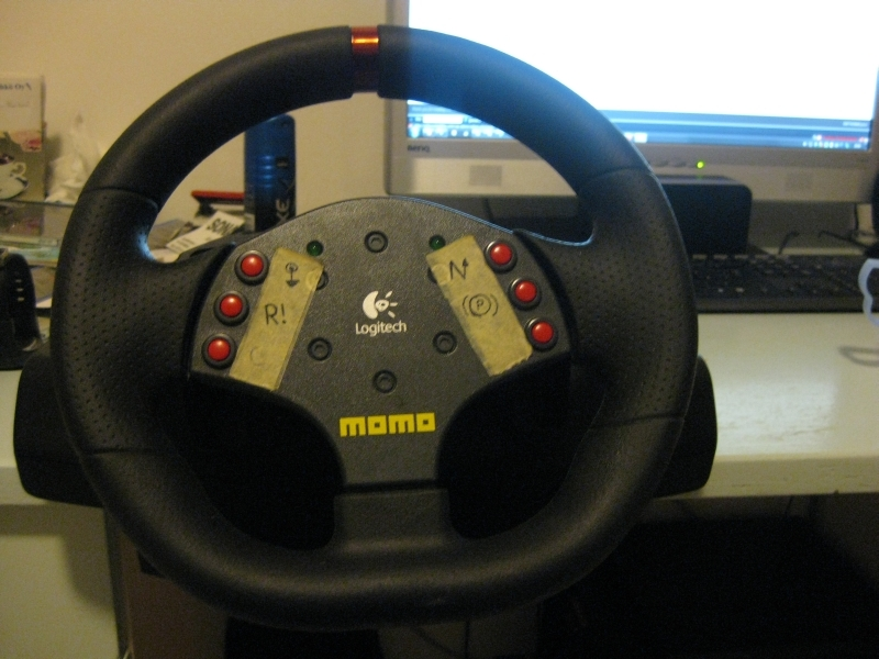 Logitech Momo Driving Force